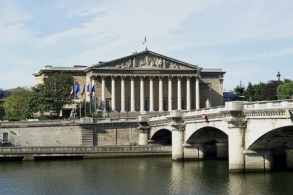 Assemblée Nationale - Geolocation
