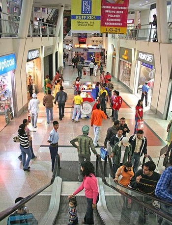 Mobile Commerce - Shopping Mall in India