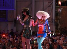 Mobile Games - Katy Perry & Nicki Minaj