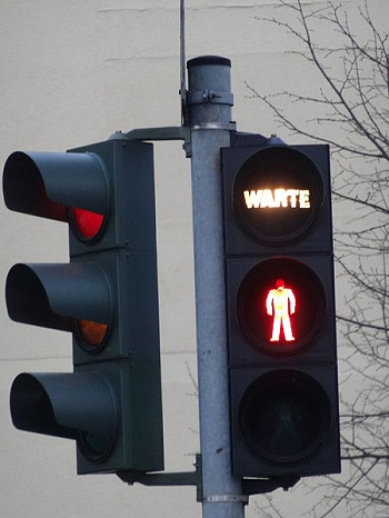Traffic Light in Germany - German Smartphone Users