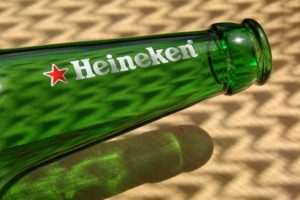 iBeacon Technology Heineken Live App - Heineken bottle