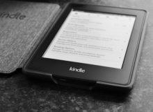 Amazon Japan Kindle - Image of Kindle e-Reader